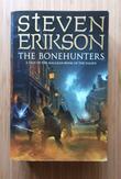 """The bonehunters - a tale of the Malazan book of the fallen"" av Steven Erikson"