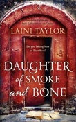 """Daughter of smoke and bone"" av Laini Taylor"