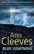"""""""Blue Lightning (Shetland Quartet 4)"""" av Ann Cleeves"""