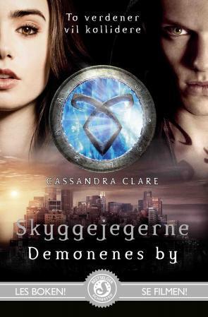 """Demonenes by"" av Cassandra Clare"