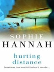 """Hurting distance"" av Sophie Hannah"