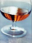 """Historien om cognac, calvados og armagnac, fire nordmenn, heldige giftermål og verdens beste brennevinshus"" av Toralf Bølgen"