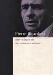 """""""Distinksjonen - en sosiologisk kritikk av dømmekraften"""" av Pierre Bourdieu"""