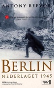 """""""Berlin nederlaget 1945"""" av Antony Beevor"""