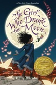 """The Girl Who Drank the Moon"" av Kelly Barnhill"