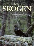 """""""Et år i skogen fra en naturfotografs dagbok"""" av Jørn Bøhmer Olsen"""