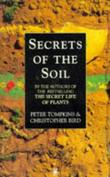 """Secrets of the Soil (Arkana)"" av Peter Tompkins"