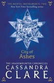 """City of ashes"" av Cassandra Clare"
