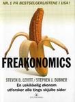 """""""Freakonomics - en ustyrlig økonom endevender etablerte sannheter"""" av Steven D. Levitt"""