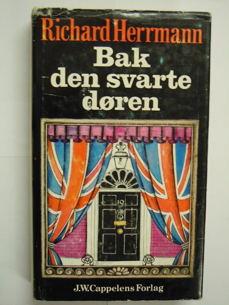 """""""Bak den svarte døren - historie, mennesker og politikk i Downing Street"""" av Richard Herrmann"""