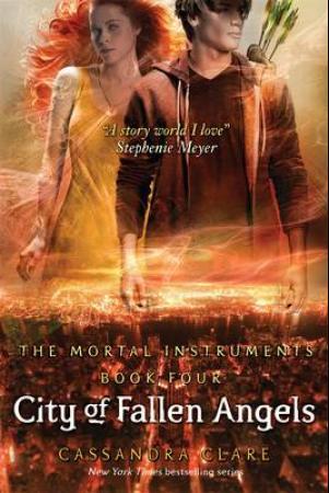 """""""City of fallen angels"""" av Cassandra Clare"""