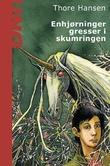 """""""Enhjørninger gresser i skumring"""" av Thore Hansen"""