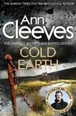 """Cold earth"" av Ann Cleeves"