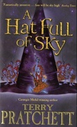 """A hat full of sky - a story of Discworld"" av Terry Pratchett"