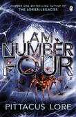"""""""I am number four"""" av Pittacus Lore"""