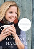 """""""Hormonell harmoni - slike blir du kvitt hetetokter, pms, tretthet, ustabil vekt, utbrenthet og fertilitetsproblemer - og samtidig proppfull av energi!"""" av Caroline Fibæk"""