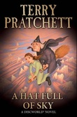 """A hat full of sky - a Discworld novel"" av Terry Pratchett"