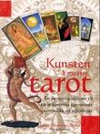 """""""Kunsten å mestre tarot - en personlig veiviser til tarot-kortenes spennende symbolikk og tolkninger"""" av Juliet Sharman-Burke"""