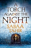 """A torch against the night"" av Sabaa Tahir"