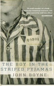 """The boy in the striped pyjamas a fable"" av John Boyne"