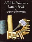 """""""A Tablet Weaver's Pattern Book"""" av John Mullarkey"""
