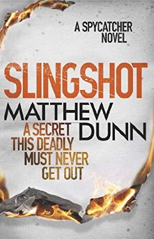 """""""Slingshot"""" av Matthew Dunn"""