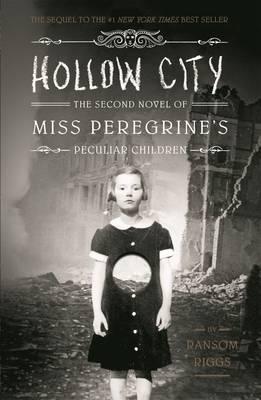 """""""Hollow city"""" av Ransom Riggs"""